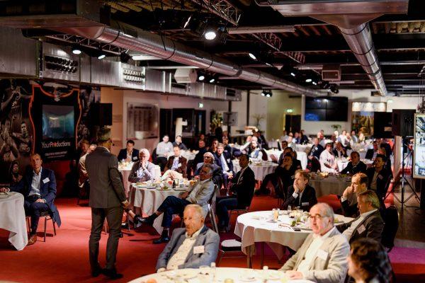 ACBN Ambassador-40-CA1_2286 Bjorn en zaal